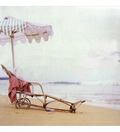 Vintage seaside style.