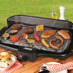 OUTLET Princess 112247 Electric Barbecue with Legs (Small scratches + no packaging) - http://www.pricestretcher.com/shop/outlet-princess-112247-electric-barbecue-with-legs-small-scratches-no-packaging/