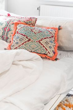 Breathtaking 101 Best Moroccan Throw Pillows https://decoratio.co/2017/05/101-best-moroccan-throw-pillows/ Furniture is a significant component of your house that's not easy to reside without. In regards to purchasing furniture, the method should be hassle free and potent