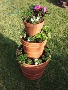 DIY garden tiered planter  DIY Tier Planter   DIY Tiered Planter   Tiered planter Garden Planters & DIY garden tiered planter : DIY Tier Planter   DIY Tiered Planter ...