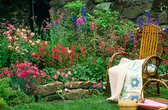 Quilt work on a good day in the garden full of looming flowers