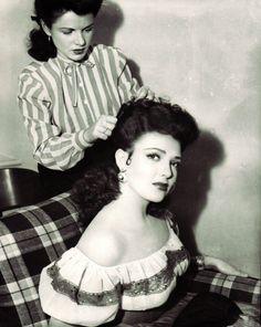 "novocainelipstick: "" vintagegal: "" Linda Darnell 1940's "" GANGSTAH CHOLA HAIR """