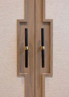 Barn doors today are becoming part of interior decoration in many houses because they are stylish. When building a barn door on your own, barn door hardware kit Wardrobe Door Designs, Wardrobe Doors, Wardrobe Handles, Joinery Details, Door Detail, Bar Design, Interior Photography, Barn Door Hardware, Cabinet Hardware