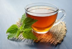Nettle leaf tea is an earthy and herbaceous tisane that is delicious when brewed hot or iced. Find out more about this herbal tea and discover our favorite nettle tea recipes right here. Natural Detox Drinks, Natural Colon Cleanse, Weight Loss Tea, Lose Weight, Healthy Detox, Healthy Drinks, Healthiest Drinks, Healthy Foods, Healthy Heart