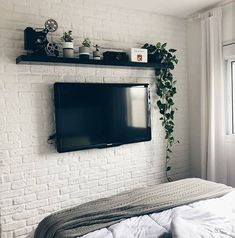 Here are some doable living room decor and interior design tips that will make your home cozy and comfortable for family and friends. Bedroom Tv Wall, Bedroom Apartment, Home Bedroom, Bedroom Decor, Bedroom With Tv, Bedroom Ideas, Trendy Bedroom, Modern Bedroom, Minimalist Bedroom