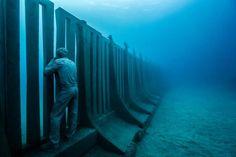 underwater sculpture jason decaires taylor museo atlantico lanzarote canary islands