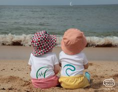 The cutest babies on the beach! (Micastricas 100% organic cotton babybodysuit)