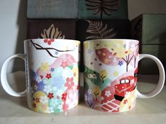 Cherry blossoms come back again to Taiwan 2015 !  Very much Japanese this year's Starbucks' sakura mugs, aren't they ??