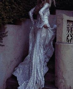 ZsaZsa Bellagio – Like No Other: Pure, Silver, Glamour. Prom Dresses, Formal Dresses, Up Girl, Looks Cool, Mode Inspiration, Beautiful Gowns, Simply Beautiful, Dream Dress, Couture Fashion