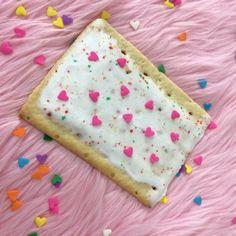 Image about cute in Pink💗🎀🌸 by Jamie on We Heart It Bento, Pastel Cupcakes, Cute Desserts, Aesthetic Food, Cute Food, Cravings, Sprinkles, Sweet Tooth, Sweet Treats
