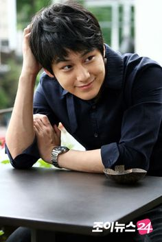 Kim Bum -- i love his adorable name, too! And he got mighty gruff.