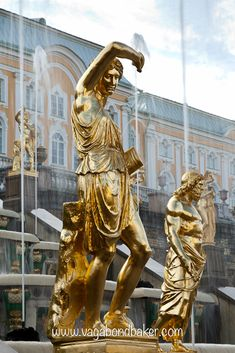 Peterhof, St Petersburg // Russia : famous for its fountains