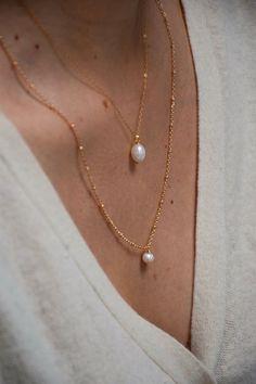 Minimal Jewelry, Simple Jewelry, Dainty Jewelry, Cute Jewelry, Pearl Jewelry, Indian Jewelry, Antique Jewelry, Gold Jewelry, Jewelery