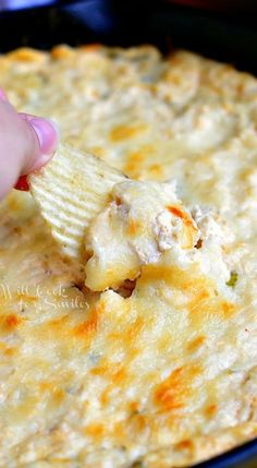 Spicy Chicken Ranch Dip made in a skillet with chicken, green onion, cream cheese and Hidden Valley Spicy Ranch mix. It is creamy and full of flavor! Appetizer Dips, Yummy Appetizers, Appetizer Recipes, Chicken Appetizers, Dip Recipes, Snack Recipes, Cooking Recipes, Comida Tex Mex, Do It Yourself Food