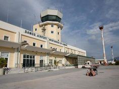 Die Übernahme von 14 griechischen Regionalflughäfen durch den deutschen Betreiber Fraport soll noch vor Ostern über die Bühne gehen. Dies teilte der griechische Staatsminister Alekos Flambouraris in Athen mit.Alle Probleme seien gelöst worden.