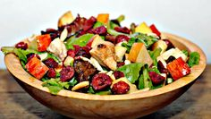 Chicken Salad with Almonds (GF) (shredded chicken, sliced almonds, dried cranberries, apples, greens)