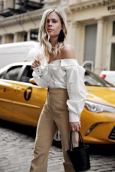 Pantalon blanc ou beige: 13 looks à combiner ce printemps combinaison beige Beige Outfit, White Blouse Outfit, Trendy Summer Outfits, Fall Outfits, Fashion Outfits, Love Fashion, Spring Fashion, Womens Fashion, Fashion Ideas