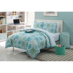 @Overstock - A classic reversible blue and white palette is reinvented into modern sophistication in this Isadora bed in a bag set. The contemporary design is printed on extremely comfortable polyester.http://www.overstock.com/Bedding-Bath/Isadora-11-piece-Bed-in-a-Bag-with-Sheet-Set/7859872/product.html?CID=214117 $99.99