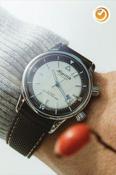 #alpina #diver #heritage #taucheruhr #automatikuhr #herrenuhr #swissmade #uhr #uhren #uhrzeit Omega Watch, Watches, Accessories, Style, Diving Watch, Pointers, Swag, Wristwatches, Clocks