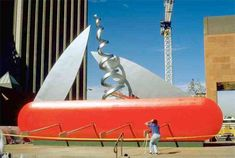 Giant Swiss Knife - Large scale replicas of everyday objects created by award-winning sculptors Claes Oldenburg and Coosje van Bruggen.