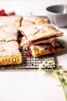 side angle of Giant Strawberries n' Cream Pop Tart cut into pieces and stacked Breakfast Dessert, Pie Dessert, Breakfast Recipes, Perfect Breakfast, No Bake Desserts, Just Desserts, Dessert Recipes, Baking Desserts, Drink Recipes