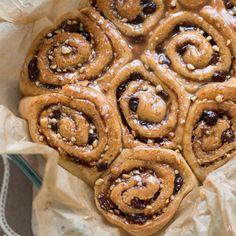 bolos de canela rolos cinnamon rolls vegan vegetarians vegetarian cake sweet