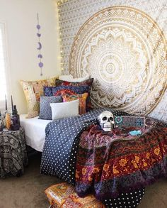 Bohemian Hippie Unique Indian Mandala Tapestry Home Decoration Teenage Girl Bedroom Designs, Teenage Girl Bedrooms, Gold Bedroom, Home Decor Bedroom, Bedroom Ideas, Men Bedroom, Master Bedrooms, Shop Interior Design, Home Interior