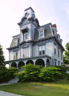 """Second Empire Style (Mansard Style) """"Jordan House in Auburn, Maine""""Photo © Ken Zirkel/iStockphoto On first glance, you might mistake a Second Empire house for an Italianate. But a Second Empire house will always have a high mansard roof. Second Empire is also known as the Mansard Style."""