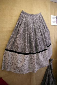 Caseras Gaucho, Costumes, Sewing, Dresses, Pastel, Fashion, Gypsy Skirt, Skirts, Folklore