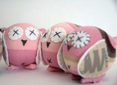 http://i0.wp.com/craftschmaft.com/wp-content/uploads/2010/07/jesse_owls_wip.jpg
