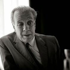 Borges todo el año: Jorge Luis Borges - La Secta de los Treinta http://borgestodoelanio.blogspot.com/2014/05/jorge-luis-borges-la-secta-de-los.html