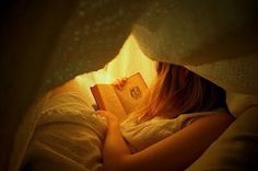 Books - to be read under the blankets at night . And especially because they were my father's  .The  Rider Haggard books . Photo : Pinterest