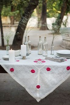 The Indian design scene is looking better than ever — in my opinion, this is because India is finally embracing its own unique position within the industry and creative worth. Linen Tablecloth, Table Linens, Tablecloths, Good Earth India, Indian Aesthetic, Bedding Inspiration, Earth Design, Indian Textiles, Diy Pillows