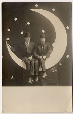 Two men and a Paper Moon