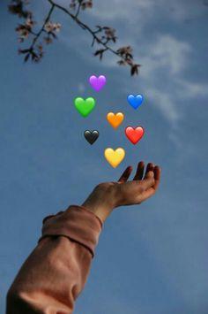 Send me Hearts ❤️❤️ Cute Emoji Wallpaper, Sad Wallpaper, Tumblr Wallpaper, Aesthetic Iphone Wallpaper, Disney Wallpaper, Wallpaper Quotes, Photos Tumblr, Photo Swag, Emoji Photo