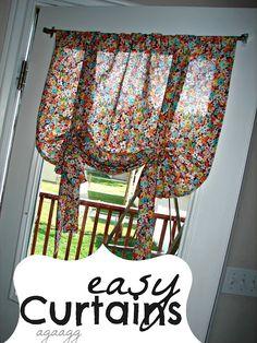 A girl and a glue gun: curtains...
