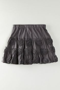 rossettes....I can just see Kenzie prissing around in this!