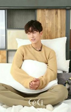Nam Joo Hyuk Lee Sung Kyung, Nam Joo Hyuk Cute, Joon Hyuk, Nam Joo Hyuk Tumblr, Nam Joo Hyuk Wallpaper, Dramas, Bride Of The Water God, Korean Tv Shows, Celebrity