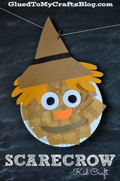 Cute paper plate scarecrow craft. Hair are hand cutouts! Perfect for fall.