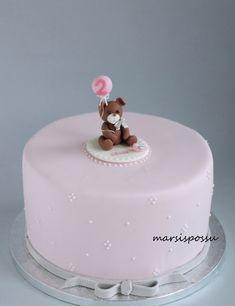 Marsispossu: Nallekakku, Teddy bear cake