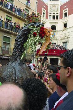 Ball de l' Aliga  Berga  Catalonia   Festa  Patum