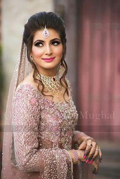 Reception look - wa Bridal Looks, Bridal Style, Dulhan Dress, Pakistan Wedding, Bollywood, Desi Bride, Asian Bridal, Pakistani Wedding Dresses, Wedding Attire