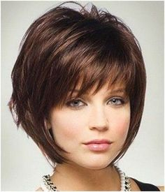 Short Layered Hairstyles for Women Over 40 with Round Faces.