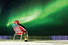 De beste tips om het Noorderlicht (of poollicht) te zien. Op de beste plek ter wereld. Met excursies als een tocht met sledehonden, sneeuwscooters, vissen en meer.