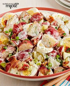 This Dill Pickle Potato Salad with Bacon is a KRAFT KITCHENS favourite and we are pretty sure that this will become one of your potluck party go-to recipes! Bacon Recipes, Potato Recipes, Casserole Recipes, Salad Recipes, Yummy Recipes, Recipies, Potato Sides, Tea Time Snacks, What To Cook
