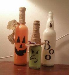 Halloween wine bottles #paintedwinebottles