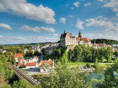 Baden-Baden is one of Europe´s most stylish and exclusive spas.  Enjoy a day trip to this lovely city and enjoy the Black Forest scenery with Tourboks!
