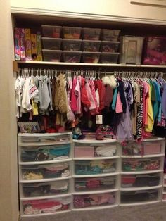 Like the plastic drawers for too small/next size clothes in baby closet Kids Bedroom Organization, Organization Ideas, Storage Ideas, Storage Units, Drawer Storage, Storage Room, Organizing Kids Clothes, Toddler Closet Organization, Organize Baby Clothes