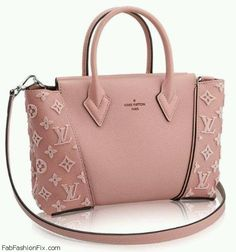 Perfect pink Louis Vuitton W handbag. #pink #louisvuitton