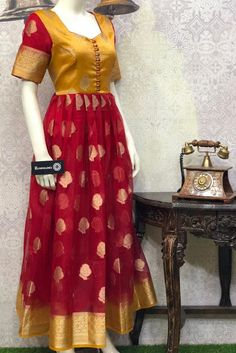 Indian Gowns Dresses, Indian Fashion Dresses, Indian Designer Outfits, Dress Neck Designs, Stylish Dress Designs, Blouse Designs, Choli Designs, Long Gown Dress, Lehnga Dress
